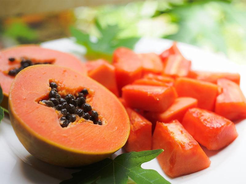OXYGN用这种番木瓜姜薄荷奶昔来促进消化