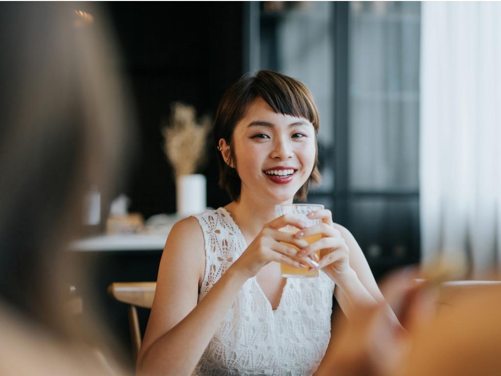 OXYGN认识大笑疗法的七大健康益处