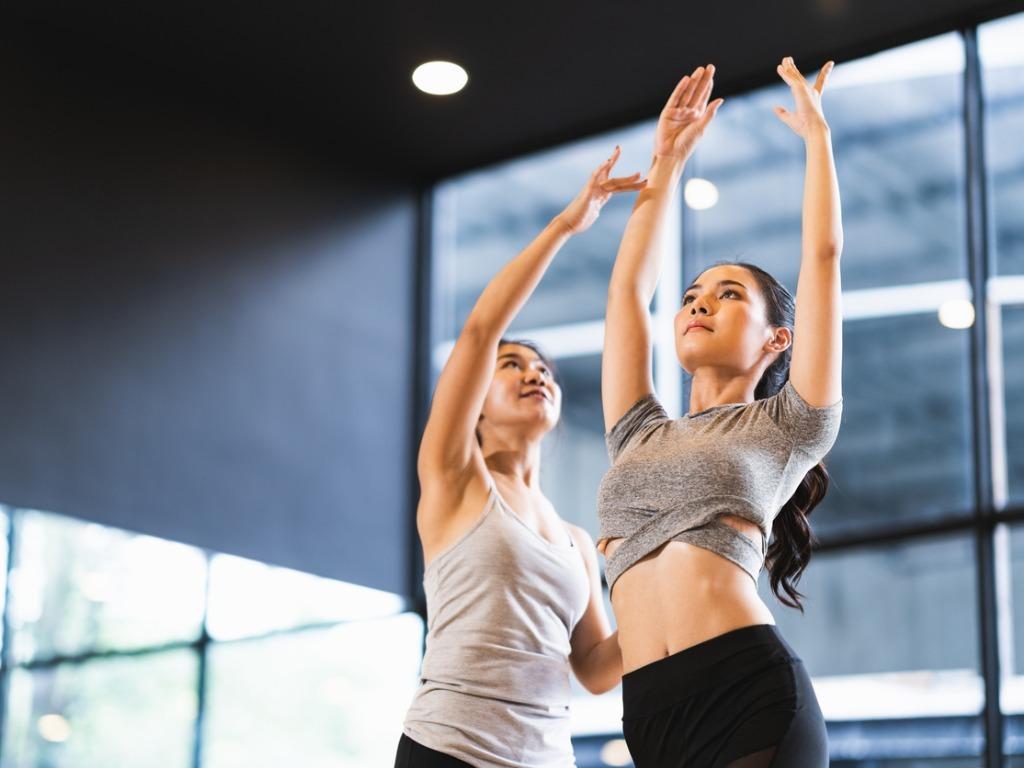 原来,定期锻炼可以让你的性生活变得美满!OXYGN原来,定期锻炼可以让你的性生活变得美满! ♥ OXYGN